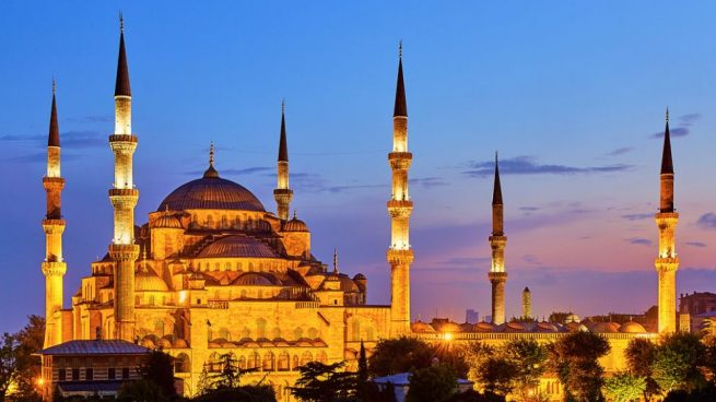 Images of  Europe and Istanbul